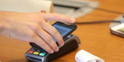 Pagamentos por aproximação têm alta de 374% em número de transações em 2020